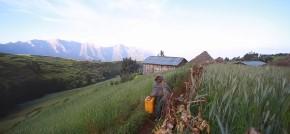 Dans le quotidien de Amaretch, jeune enfant de Sona en Ethiopie pour le nouveau clip «Ankara» deFakear